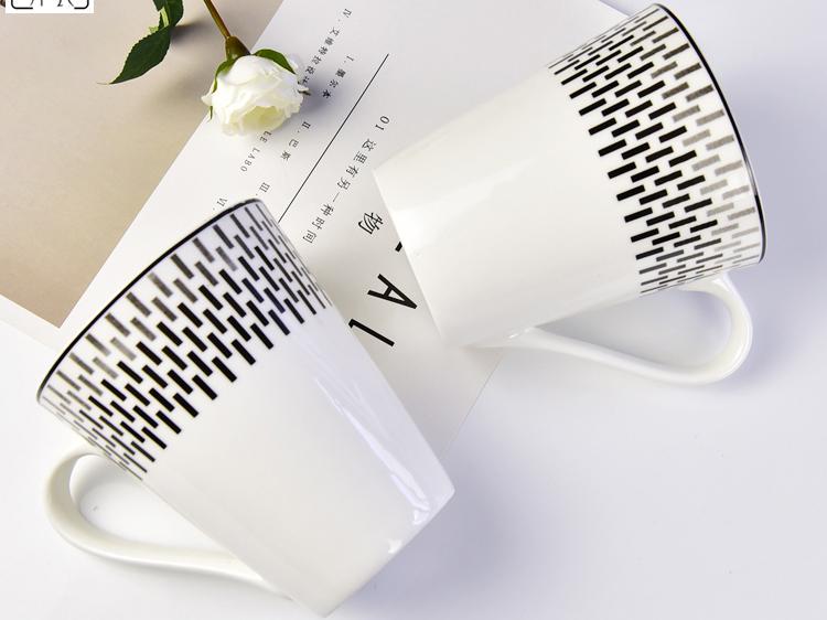批发陶瓷杯子 创意骨瓷V型马克杯定
