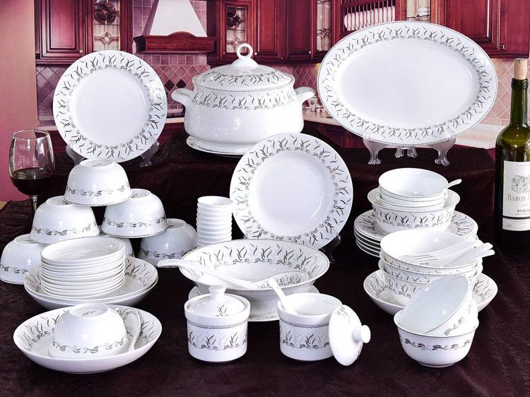60头骨瓷碗盘碟餐具套装定制批发