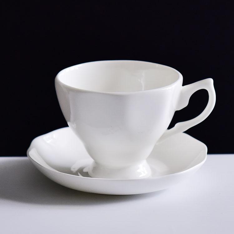 骨瓷咖啡杯碟火与泥的艺术
