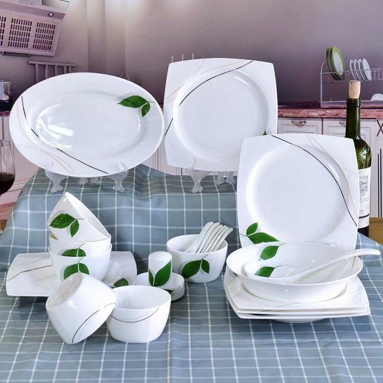 如何挑选陶瓷餐具?