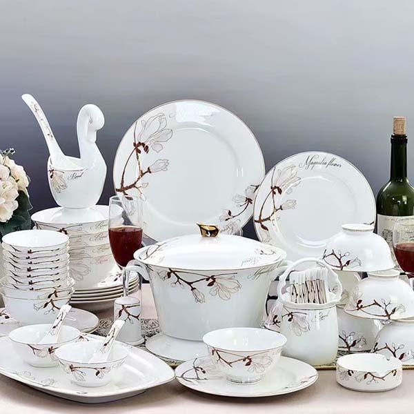 陶瓷餐具常见的几种施釉方法