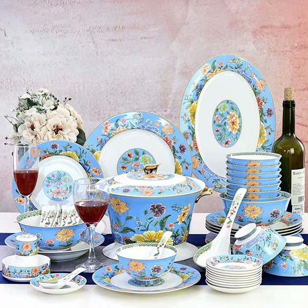 不合格的陶瓷餐具会影响你的健康