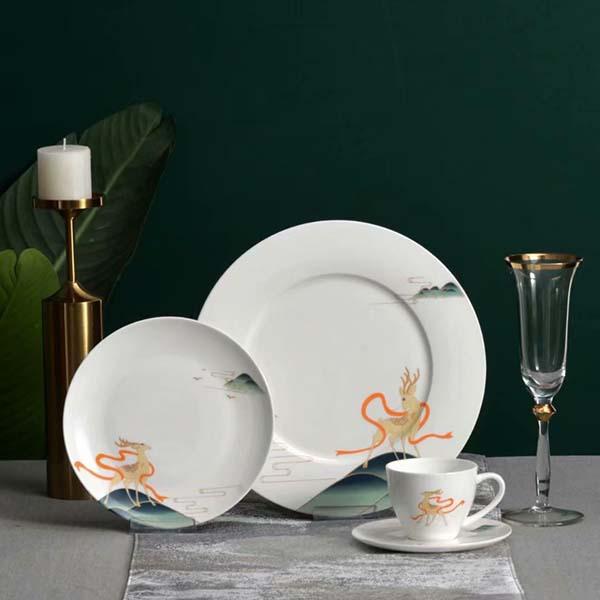 怎样选择酒店陶瓷餐具?