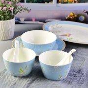 唐山骨瓷厂家:骨瓷餐具在生活中