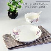骨瓷餐具是环保、美丽又健康的